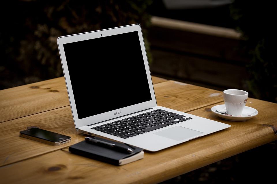 Waarom schiet online vertaalsoftware hopeloos tekort?