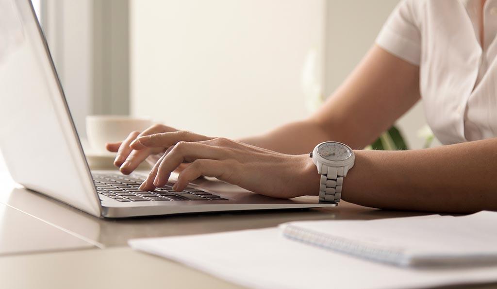 Textcase Vertaalbureau - Geld verdienen met een blog - wat komt er bij kijken - blog schrijven